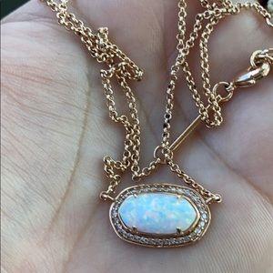 ❤️❤️Kendra Scott Eloise opal like new❤️❤️